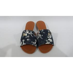 Sandália Rasteirinha Azul Tipo Jeans Com Detalhes Brancos