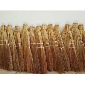 Vassoura De Palha - Material de Limpeza no Mercado Livre Brasil 532b273d4ce