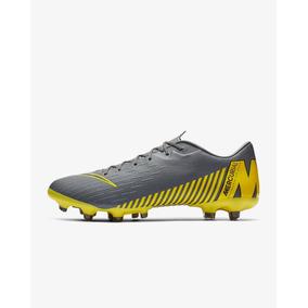 64c0e30cdf5 Tacos Nike Vapor R9 Amarillos - Tacos y Tenis de Fútbol en Mercado ...