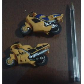 Conjunto De 2 Miniaturas Diferentes De Motos A Fricção
