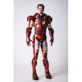 Armadura Neca 1/4 Iron Man Mark Vii Danificada Pela Batalha