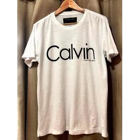 f0c8ff3fa2cf7 Camiseta Calvin Klein Ck Verde C  Logomarca Azul Marinho - Camisetas ...