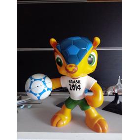 ab22f5eb03 Boneco Fuleco Original Grow Copa Brasil De Vinil 2014