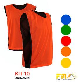 2c2713f73dddb Mockup Esportivo Feminino - Coletes de Treinamento de Futebol no ...