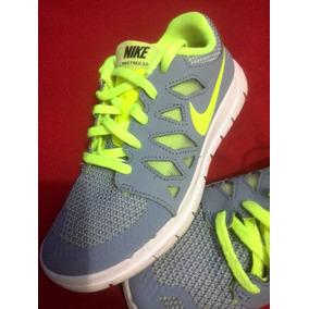 Zapato Nike Free 5.0 Talla 33 1.5y Original Como Nuevas