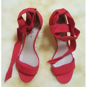 Sandália Vermelha De Veludo E De Amarrar Com Salto 8 Cm