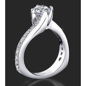 Anel Solitário Com Diamante De 56 Pontos - Joias e Relógios no ... a4fc16ab83