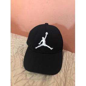 Gorros Jordan Originales - Accesorios de Moda para Hombre en Mercado ... d334f725514
