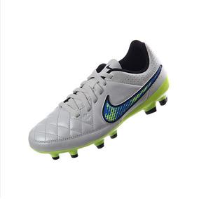 Nike Tiempo - Tacos y Tenis Césped natural Nike de Fútbol en Mercado ... 2fb3235b58e2f