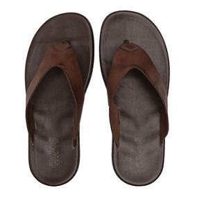 ab7eb5ad56 Sandália Itapuã Premium Branca Menino - Sapatos no Mercado Livre Brasil