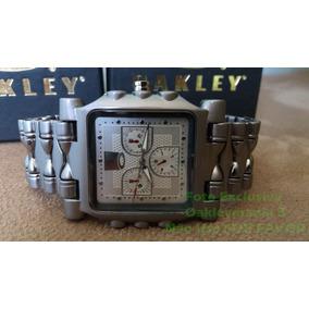 0e4e2b8f6f0 Relogio Tank Da Oakley Fundo Branco+fretes Grátis - Relógios De ...