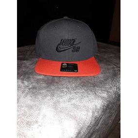 Gorra Nike Sb Flores - Ropa y Accesorios Gris oscuro en Mercado ... d0535b5efe3