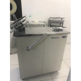 Máquina Encapsuladora Capsutec Ema2000