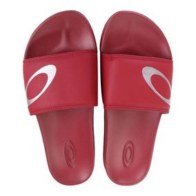 fcf7a9d3b7 Chinelo Slide Tumblr Oakley Chinelos - Sapatos no Mercado Livre Brasil