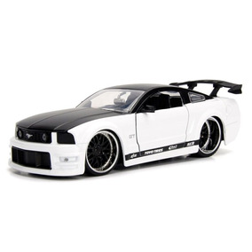 Ford Mustang Gt 2006 Bigtime Muscle 1:24 Jada Toys