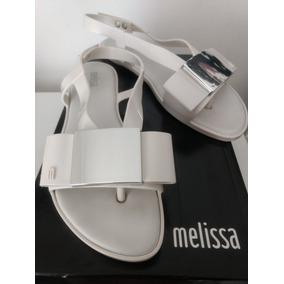 1ebc6d1168f Rasteiras Flats - Sandálias e Chinelos Melissa para Feminino no ...