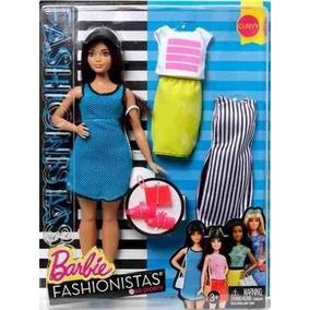 Barbie Fashionistas Boneca Com Acessórios