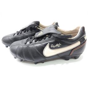 ba5588712e Chuteira Nike Ronaldinho R10 - Chuteiras para Adultos no Mercado ...