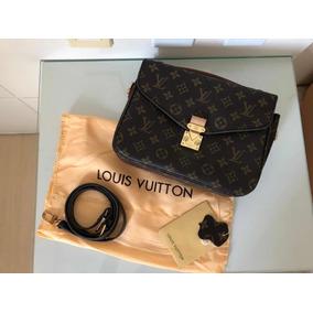 Bolsa Louis Vuitton Mettis Couro