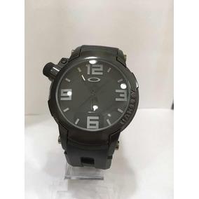 Relógio Oakley, Holeshot Three Fundo Vermelho Muito Bonito ... e3dee455e9