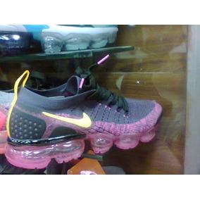 e0323ee6957 Nike Flyknit Feminino Tamanho 34 - Tênis 34 Preto no Mercado Livre ...