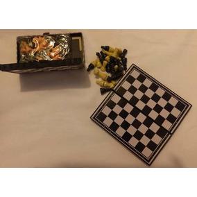 2 Caixas/conjuntos De Jogos De Xadrex (maletas Porta Peças)