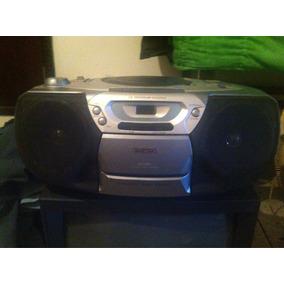 Mini Reproductor Cd. Radio Y Cassette