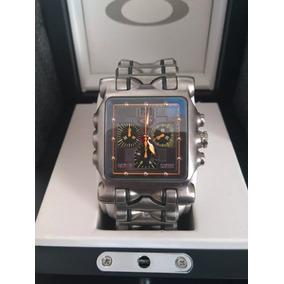 4adcd8d3a5e Oakley Minute Machine Prata - Relógio Oakley Masculino no Mercado ...
