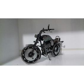 Miniatura Moto Custom Toda Em Aço, De Aproximadamente 25 Cm