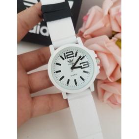a53998485e1 Kit De Relogio Feminino Colorido - Relógios De Pulso no Mercado ...