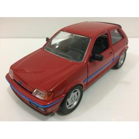 Miniatura Ford Fiesta Xr2i 1/24 Schabak