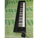 Piano Yamaha (piaggero Np-12 De 61 Teclas)