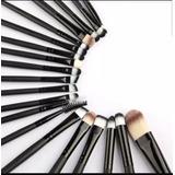 Set 20 Brochas De Maquillaje + 2 Esponjas Faciales De Regalo
