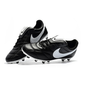 3e7933dc07 Chuteira Nike Por 20 Reais - Chuteiras Nike no Mercado Livre Brasil