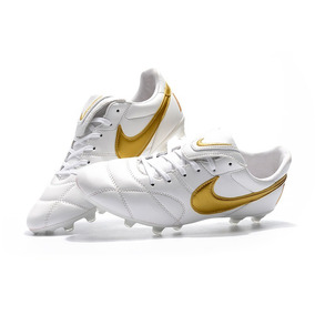 0f74225e91 Chuteira Nike Branca Dourada - Chuteiras para Adultos Branco no ...