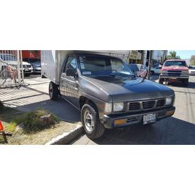 Nissan Pick-up Estaquitas Caja Seca
