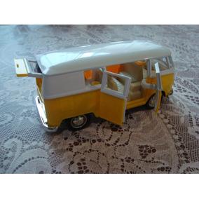 Miniatura Volkswagen Kombi 1962 Scale 1/32 Metal E Plastico