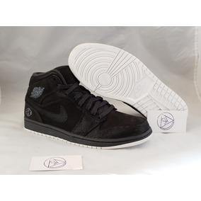 90b96ba8c6b Tenis Jordan 1 High Sneakers   Suits S s Talla 28.5mx 10.5us