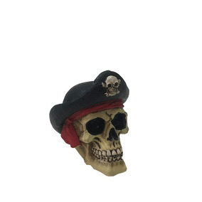 Miniatura Crânio Caveira Decorativa Resina Mini Pirata 579e09492ef