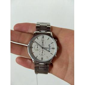 Relógio Prata Quartz Novo