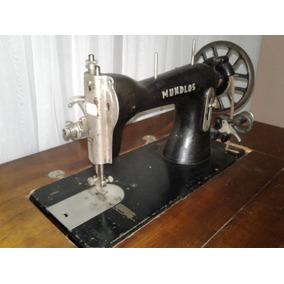 Máquina De Costura Antiga Relíquia - Com Móvel