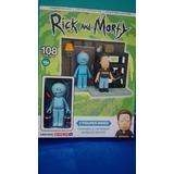 Dos Figuras Coleccionables De Rick And Morty