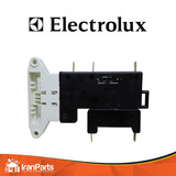 Trava Porta Lavadoura Electrolux Le08 & Top8 - Original