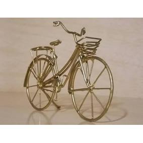 Miniatura De Bicicleta Em Arame