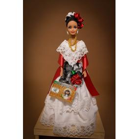 Muñeca Barbie Con Trajes Típicos Mexicanos
