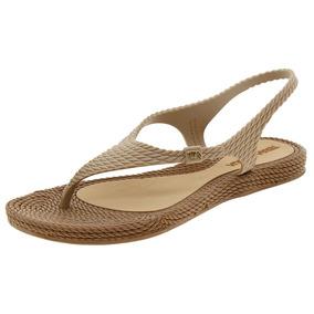 c115f1418 Sandalia Terra Agua Branca Feminino - Sapatos no Mercado Livre Brasil