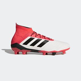 brand new 2de6d bc6c3 Tacos adidas De Futbol Predatorc 18.1 Firm Ground Ult Pza