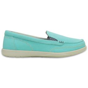 Crocs - Walu Canvas Loafer