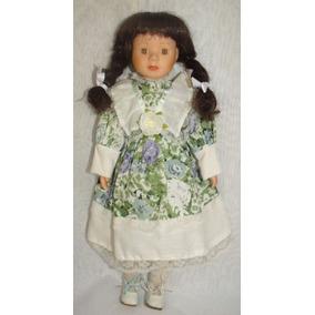 Boneca Antiga De Porcelana - Leia Todo O Anúncio