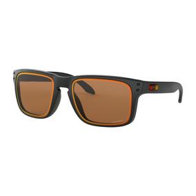 Oculos Masculino Quadrado - Óculos De Sol em Pederneiras no Mercado ... 465e2894c6